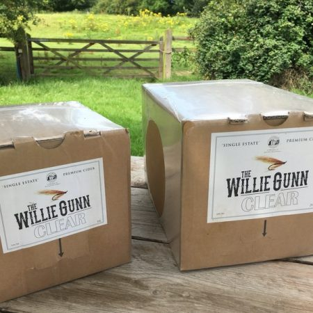 The willie gunn clear bag in the box cider